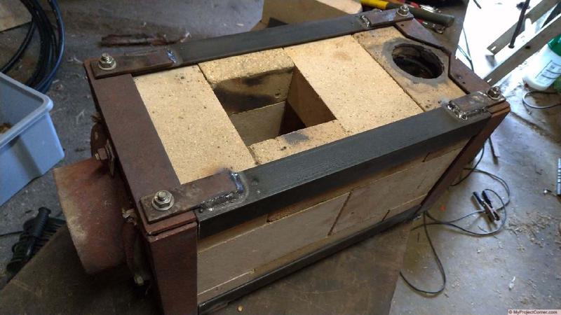 Upgraded pellet rocket stove fire box