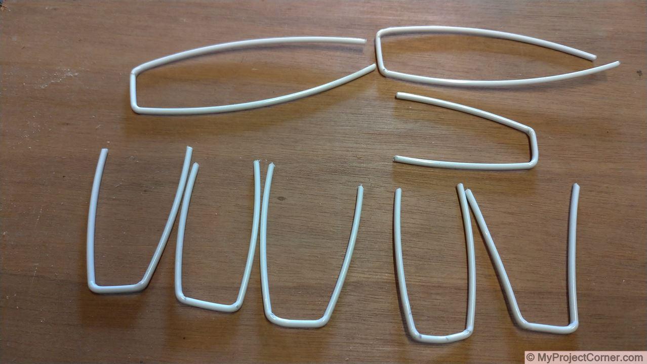formando el alambre de poliéster a la medida para el escarificador