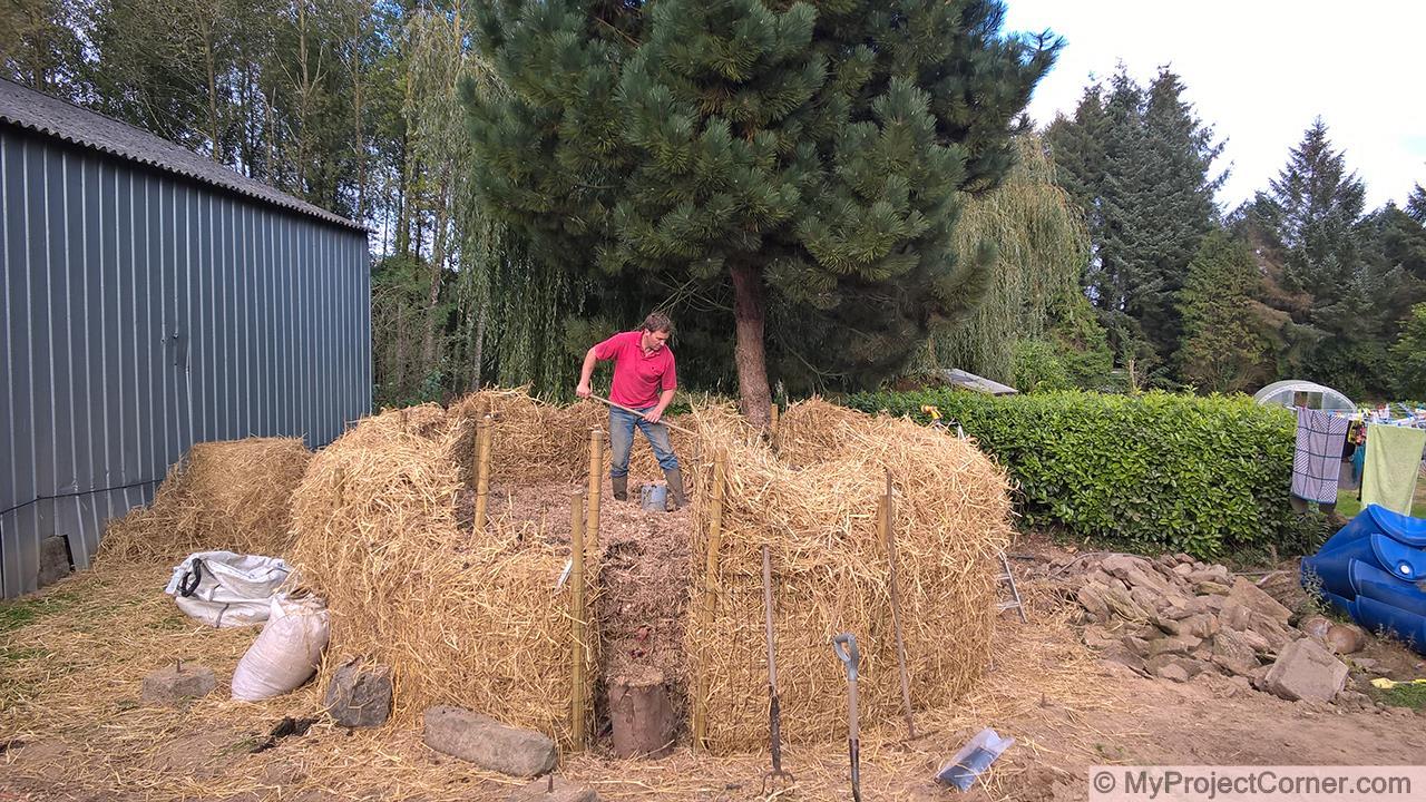 Construction du système de chauffage au compost