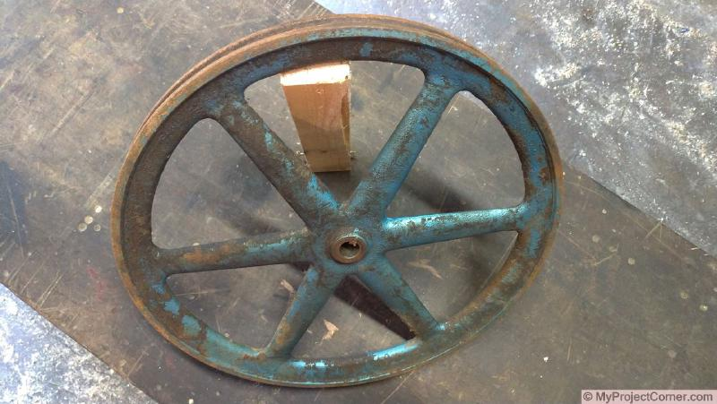 Pulley wheel used for homemade chicken plucker