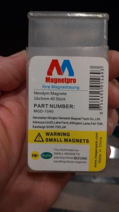 Neodymium magnets for diy poster holder