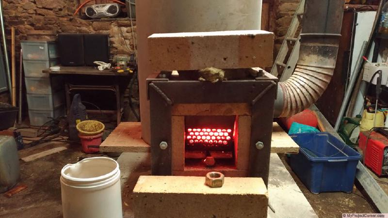 experimenting with pellet rocket stove